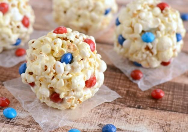 Marshmallow-Popcorn-Balls-020-1-625x440